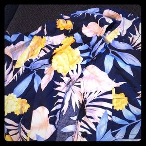Tropical button up